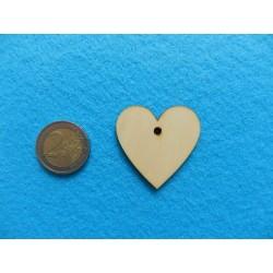 Drevené srdiečko s dierkou na zavesenie - 4 cm
